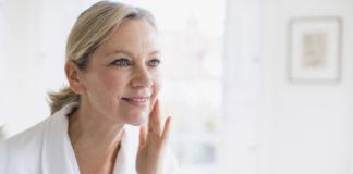Make-up : 20 astuces beauté pour les femmes au-delà de 50 ans